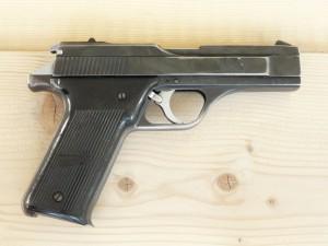 "Боен пистолет ""Benelli"" B82- калибър 9х18"