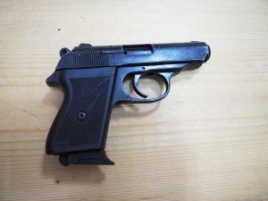 """Газов пистолет """"Voltran""""  калибър 9мм"""