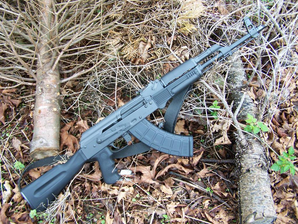 ЕС няма да забрани притежаването полуавтоматични оръжия.