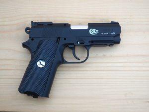 Въздушен пистолет COLT DEFENDER CO2
